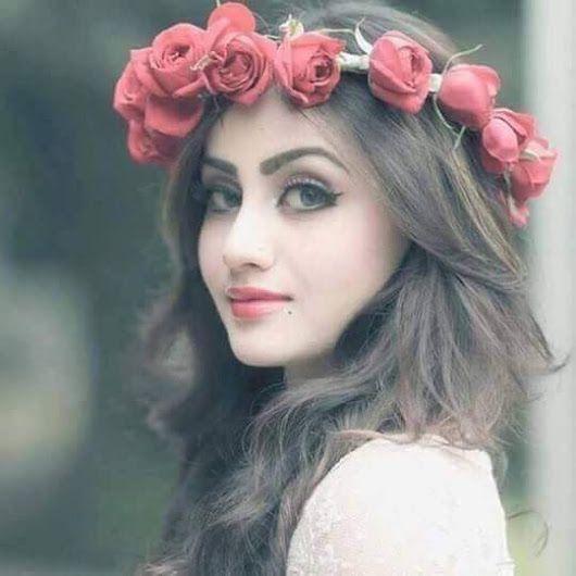Beautiful Girl Pic for Whatsapp