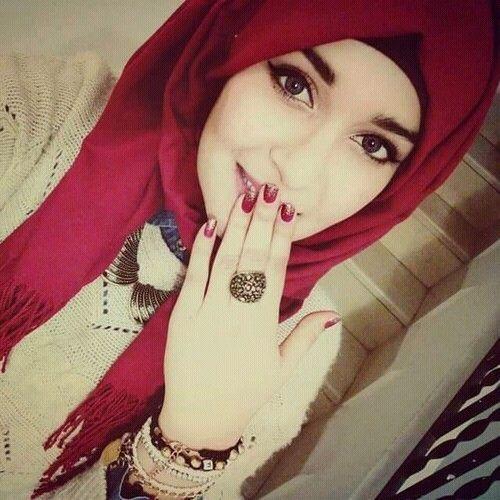 Beautiful Muslim Girl DP